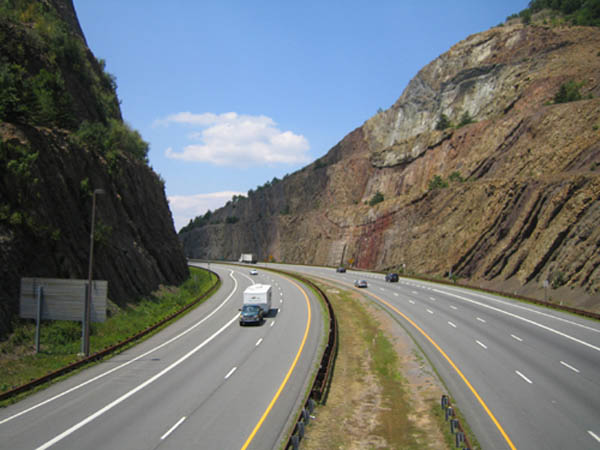 Sideling Hill Roadcut front view